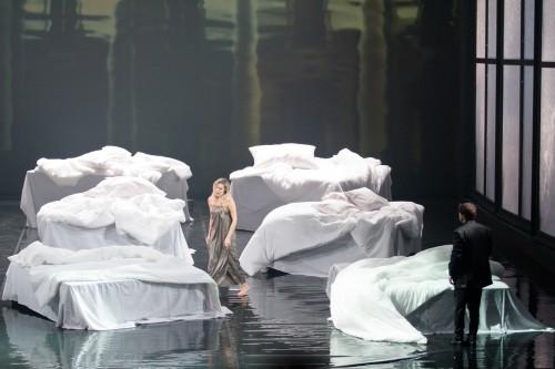 Pētera Čaikovska 'Jevgēņijs Oņegins' Latvijas Nacionālajā operā (2016)