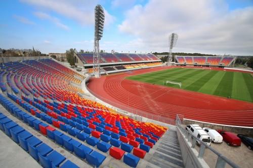 Daugavas stadiona tribīņu pārbūve