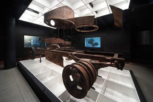 Ekspozīcija 'Leģenda par dzelzs bruņinieku' Rīgas Motormuzejā