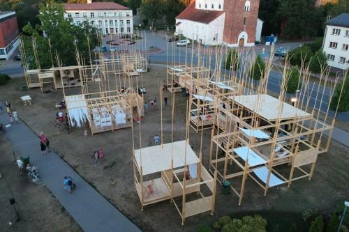 RISEBA starptautiskā arhitektūras un pilsētplānošanas vasaras skola 'FestivaL'and'