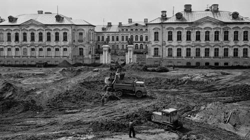 Rundāles pils restaurācijas sākums; foto no I. Lancmaņa personīgā arhīva